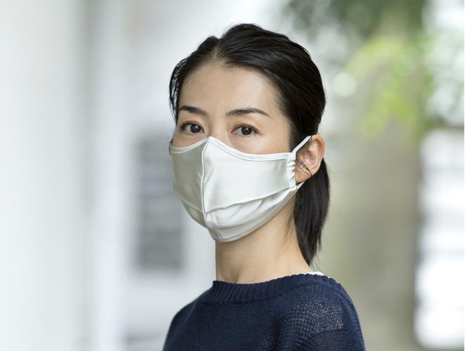 美肌シルクマスク
